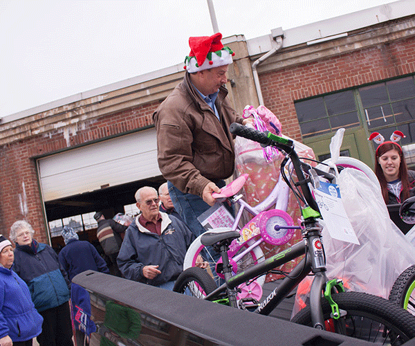 Dec. 2015 - Operation Santa Clause Dropoff